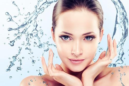 Thành phần cấp ẩm phổ biến trong mỹ phẩm dưỡng da